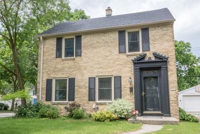 Whitefish Bay Single Family Home For Sale: 5001 N Woodruff Ave