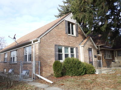West Allis Single Family Home For Sale: 2217 S 58th St