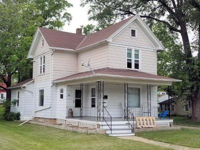 Mayville Single Family Home For Sale: 233 Grove St