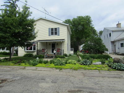 Fort Atkinson WI Single Family Home For Sale: $237,900
