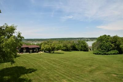 Lake Geneva Condo/Townhouse For Sale: 82-06 Red Chimney Rd