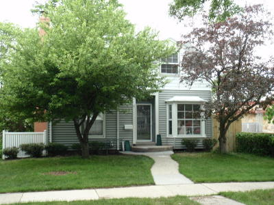 Whitefish Bay Single Family Home For Sale: 5577 N Lydell Ave
