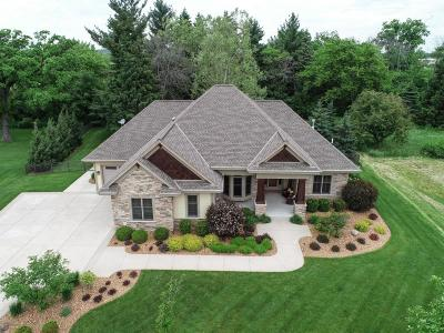Muskego Single Family Home Active Contingent With Offer: S90w18724 Acorn Dr