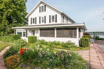 Kenosha County Single Family Home For Sale: 2631 E Lakeshore Dr