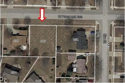 Residential Lots & Land Active Contingent With Offer: 425 W Prospect St