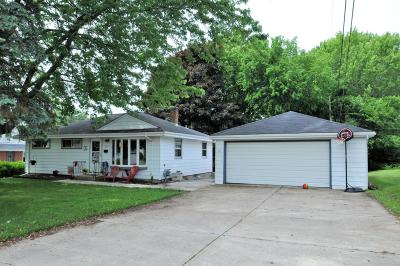 Grafton Single Family Home For Sale: 112 Spring St