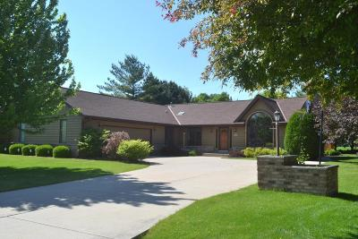 Muskego Single Family Home Active Contingent With Offer: S73w14088 Settler Way