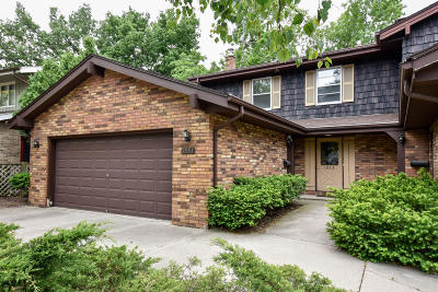Wauwatosa Condo/Townhouse For Sale: 1953 River Park Ct