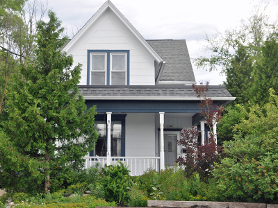 Washington County Single Family Home Active Contingent With Offer: 1040 Summer St