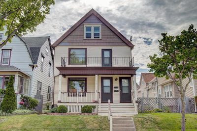 West Allis Two Family Home For Sale: 1537/1539 S 73rd St