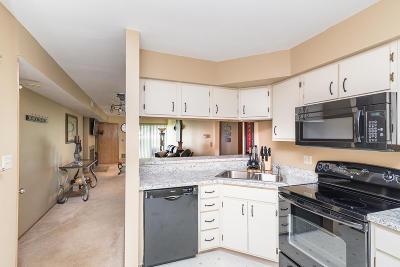 Oak Creek Condo/Townhouse Active Contingent With Offer: 855 W Puetz Rd