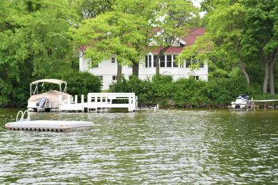 Mukwonago Single Family Home Active Contingent With Offer: N9407 East Shore Rd