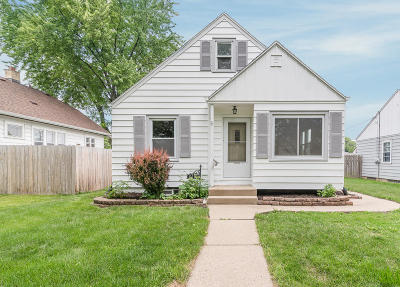 West Allis Single Family Home Active Contingent With Offer: 2412 S 66th St