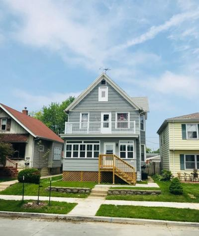 West Allis Two Family Home For Sale: 5620 W Rogers St #5622