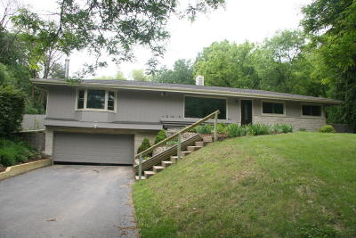 Delafield Single Family Home For Sale: N13w28697 Silvernail Rd