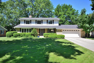 Wauwatosa Single Family Home For Sale: 4425 N 110th St