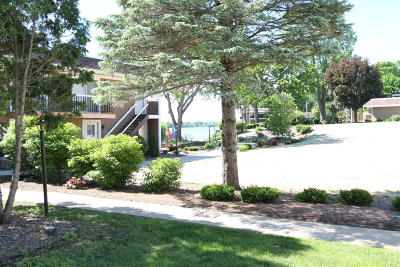 Racine County Condo/Townhouse For Sale: 2501 S Browns Lake Dr #A-11