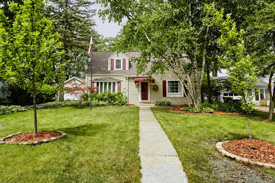 Wauwatosa Single Family Home Active Contingent With Offer: 2231 N 119th St