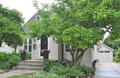Washington County Single Family Home Active Contingent With Offer: 1044 Chestnut St