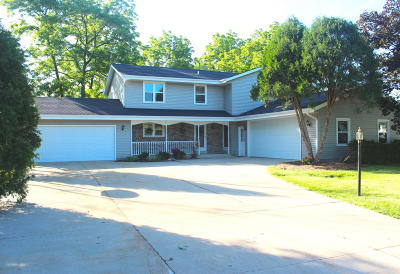 Racine County Two Family Home Active Contingent With Offer: 26500 N Kendra Ln 02