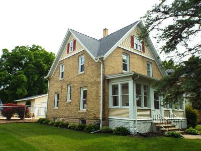 Fort Atkinson WI Single Family Home For Sale: $164,500