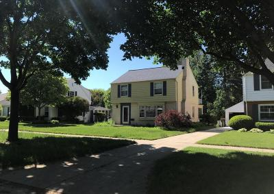 Wauwatosa Single Family Home For Sale: 8535 Jackson Park Blvd