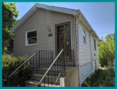 South Milwaukee Single Family Home For Sale: 1519 Maple St
