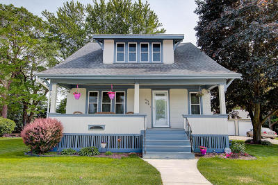 Ozaukee County Two Family Home Active Contingent With Offer: 619-621 Main St