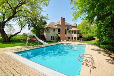 Lake Geneva Single Family Home For Sale: 6473 Moelter