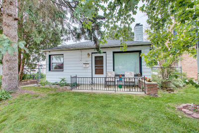 South Milwaukee Single Family Home For Sale: 1810 17th Ave