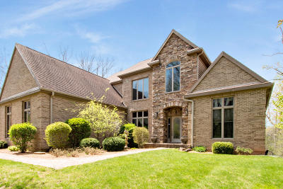 Lake Geneva Single Family Home For Sale: 2890 Bridle Ct