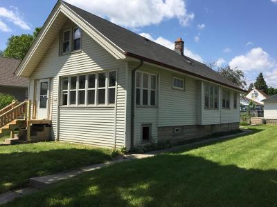 West Allis Single Family Home Active Contingent With Offer: 5816 W Walker St