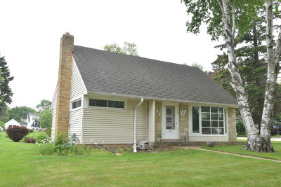 Port Washington Single Family Home Active Contingent With Offer: 201 E Whitefish Rd