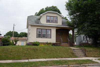 Sheboygan Single Family Home For Sale: 2008 N 20th St