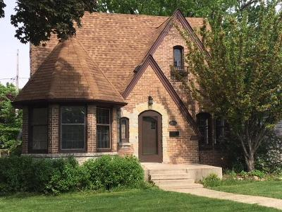 Milwaukee County Single Family Home For Sale: 2869 N 74th St