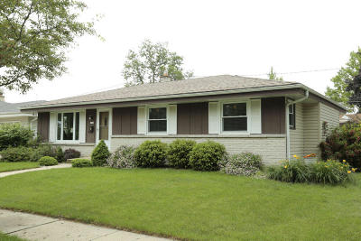 West Allis Single Family Home Active Contingent With Offer: 8705 W Hayes Pl
