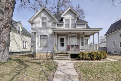 Racine County Two Family Home For Sale: 1525 Boyd Ave