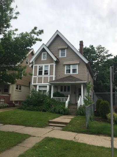 Milwaukee County Two Family Home For Sale: 2627 N Farwell