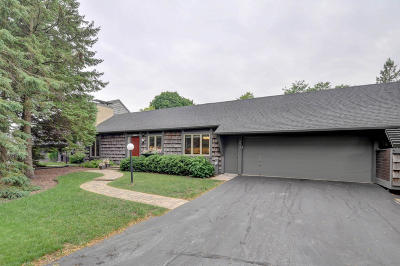 Kenosha Condo/Townhouse For Sale: 2013 2nd Place