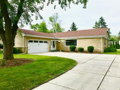Ozaukee County Single Family Home For Sale: 12610 N Jonquil Ct