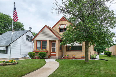 Milwaukee County Single Family Home For Sale: 3542 S 35th St