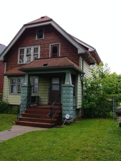 Milwaukee County Two Family Home For Sale: 3823 N 24th Pl #3825