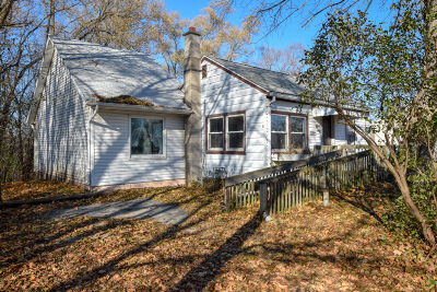 Racine County Single Family Home For Sale: 32844 Bayview Dr