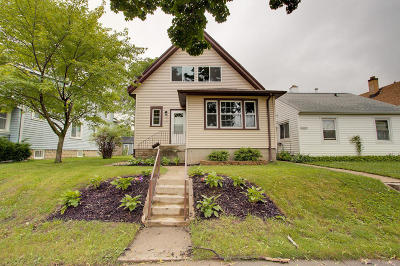 Milwaukee County Single Family Home For Sale: 2059 S 69th St