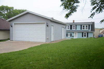 Milwaukee Single Family Home For Sale: 4171 S 3rd St