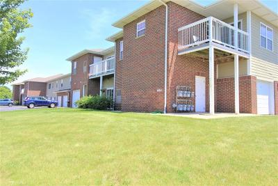 Pleasant Prairie Condo/Townhouse Active Contingent With Offer: 6865 99th Pl #BB
