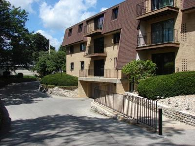Milwaukee Condo/Townhouse For Sale: 3239 S 58th St #211