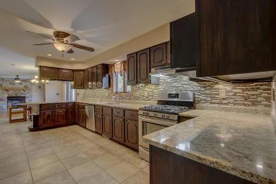 Racine Single Family Home For Sale: 6900 Douglas Ave