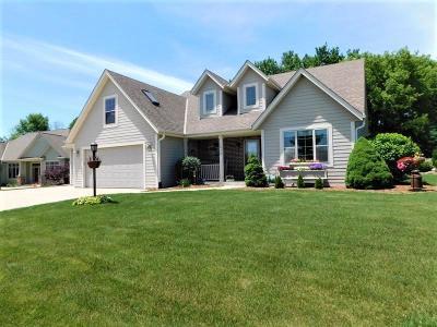 Port Washington Single Family Home For Sale: 1616 Aster St