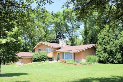 Brookfield Single Family Home For Sale: 18120 Elm Terrace Dr